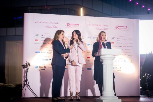 Mihaela Geoană, Alexandra Nechita, Andreea Esca